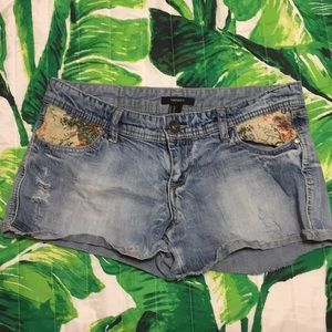 Forever 21 Jean Shorts.  Size 28